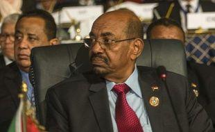 Le président soudanais Omar el-Béchir, dans la ville balnéaire Sharm el-Sheikh, en Egypte, le 10 juin 2015