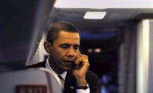 Le pape a eu une conversation téléphonique mardi avec le président élu des Etats-Unis Barack Obama, qui l'a appelé pour le remercier de ses voeux de succès envoyés le lendemain de son élection, a annoncé mercredi à l'AFP le porte-parole du Vatican.