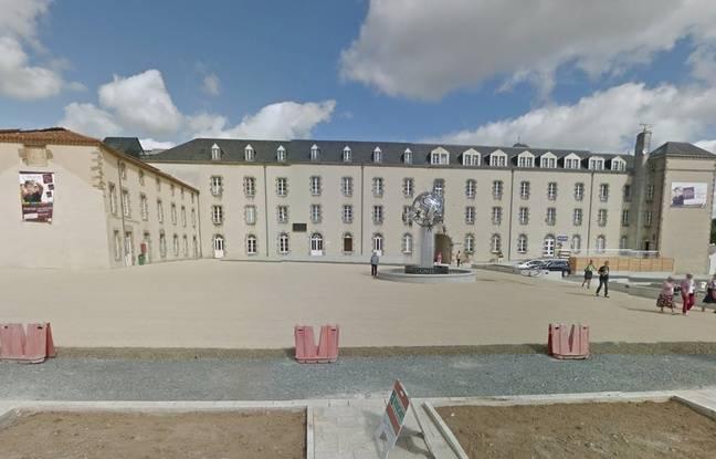 Le bâtiment principal du lycée Saint-Gabriel en Vendée.