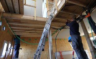 Les maisons en autoconstruction de Saint-Médard-sur-Ille sont livrées nues à l'intérieur.