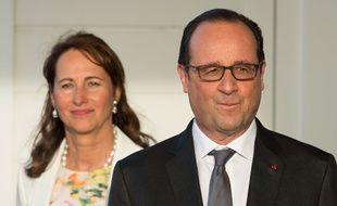 François Hollande et Ségolène Royal aux Antilles, le 8 mai 2015.