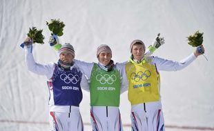 Les trois Français sur le podium du skicross aux Jeux olympiques de Sotchi, le 20 février 2014. De gauche à droite: Arnaud Bovolenta, Jean-Frédéric Chapuis et Bastien Midol