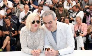 Kristen Stewart et Olivier Assayas à Cannes le 17 mai 2016