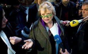 """La candidate écologiste à la présidentielle, Eva Joly, a déclaré que François Hollande """"aurait tort de remettre en question"""" l'accord conclu en novembre entre le PS et Europe Ecologie-Les Verts (EELV) et s'est inquiétée des intentions du candidat socialiste."""