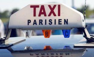 Des voies réservées aux bus et taxis vont être ouvertes sur les autoroutes reliant Paris aux aéroports