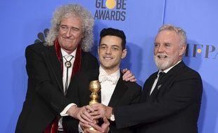 «Bohemian Rhapsody» et Rami Malek, ici entouré de  Brian May et Roger Taylor du groupe Queen, ont triomphé aux Golden Globes, le 6 janvier 2019.
