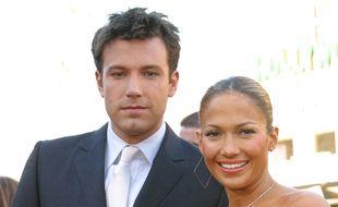 L'acteur Ben Affleck et la chanteuse Jennifer Lopez, lorsqu'ils étaient en couple en 2003