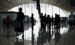 La Chine va construire 70 aéroports d'ici à 2015, a annoncé lundi le patron de l'Administration de l'aviation civile (CAAC) en dépit du net ralentissement constaté dans la deuxième économie mondiale.
