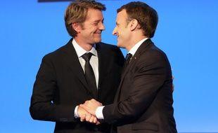 François Baroin et Emmanuel Macron les yeux dans les yeux pour parler des territoires.