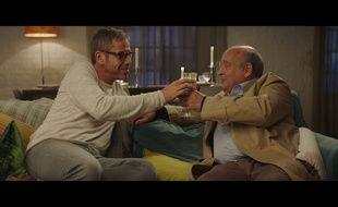 Medi Sadoun et Michel Jonasz dans Baby Phone d'Olivier Casas