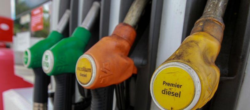 Strasbourg le 02 06 2013. Illutrastion pompe a essence. Diesel.