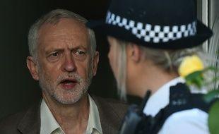 Le chef du Parti travailliste Jeremy Corbyn quitte son domicile le 28 juin 2016