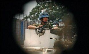 Après l'annonce de ces résultats, la situation était calme jeudi soir à Kinshasa, où Casques bleus de l'Onu et militaires la force européenne Eufor ont patrouillé toute la soirée.