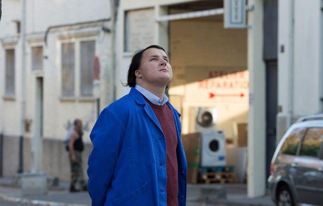 Benjamin Lesieur, est un jeune acteur autiste, qui joue le rôle de Joseph, le premier jeune homme que le personnage de Vincent Cassel accueille et aide.