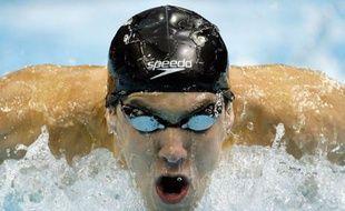 Michael Phelps, le nageur américain, lors du 200m quatre nages des sélection olympiques américaines à Omaha (Nebraska), le 4 juillet 2008.