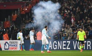 Un pétard a atterri sur la pelouse de Marseille-Lille.