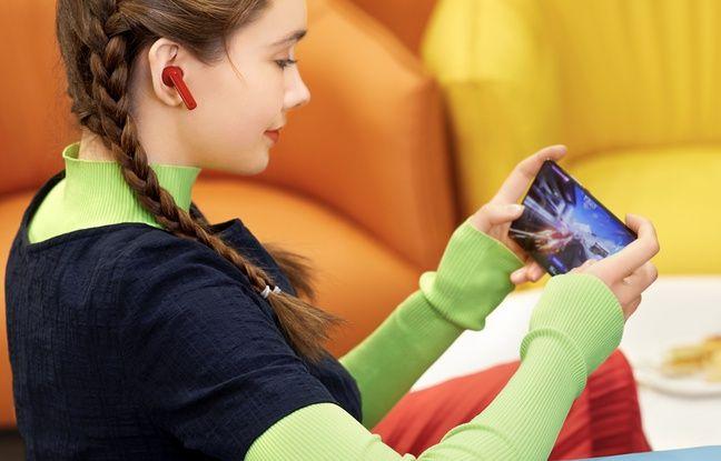 Les FreeBuds 4i plus à l'aise avec un smartphone Huawei.