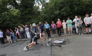 Andy Schleck a chuté dans le final de la 3e étape du Tour de France, le 7 juillet 2014, à Londres.