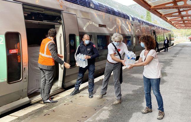 Des denrées arrivent dans des trains de la ligne Nice-Tende