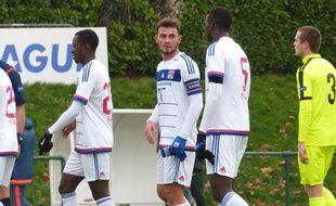 Ici entre Elisha Owusu et Mouctar Diakhaby face au Zenit, Lucas Tousart est le capitaine de l'aventure de Youth League lyonnaise.