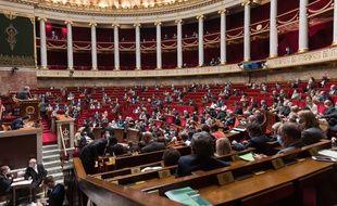 Des députés dans l'hémicycle, le 29 septembre 2020 à Paris.