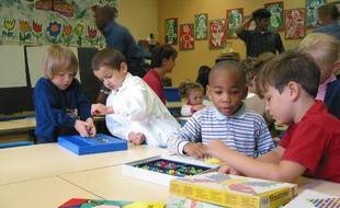 Des enfants dans une école maternelle parisienne