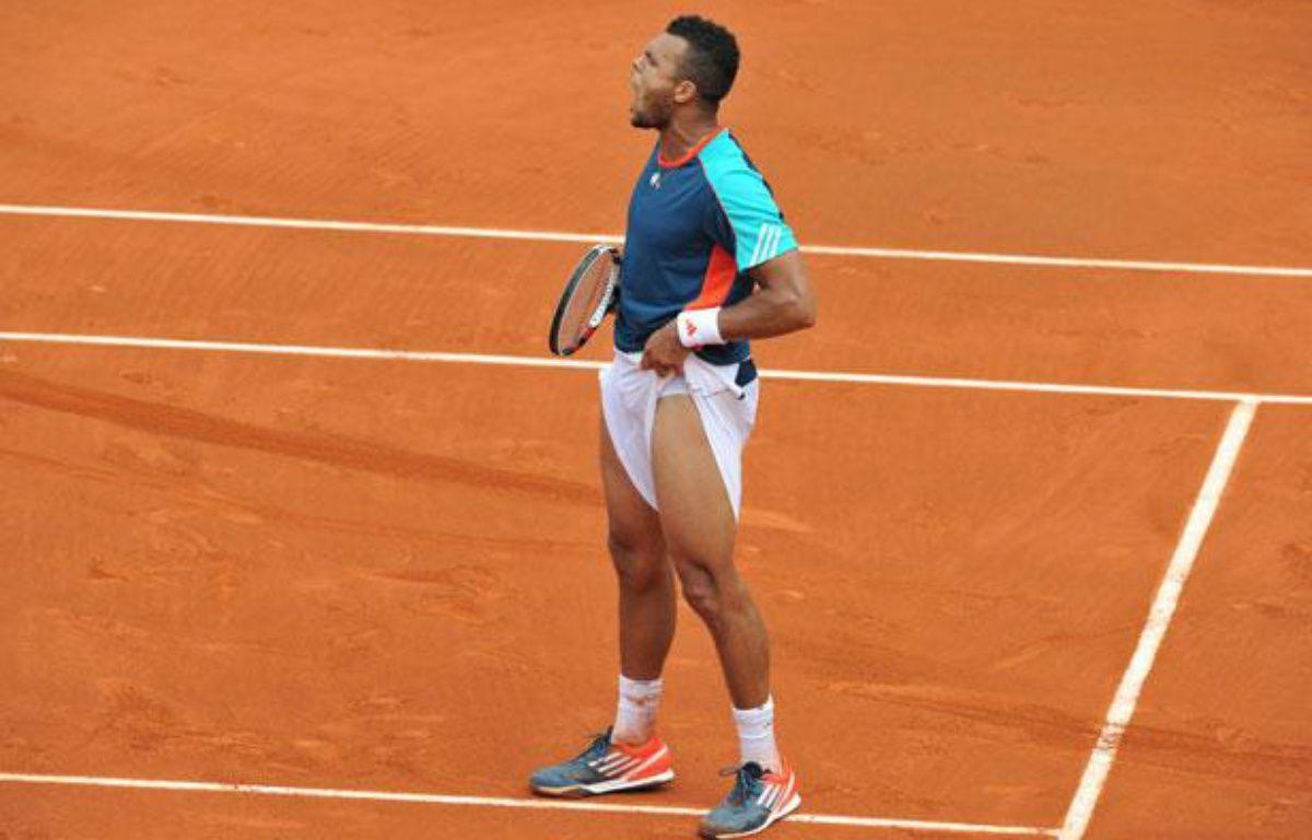 Le Français Jo-Wilfried Tsonga, sur le court central de Roland-Garros, le 1er juin 2012. – A.GELEBART / 20Minutes