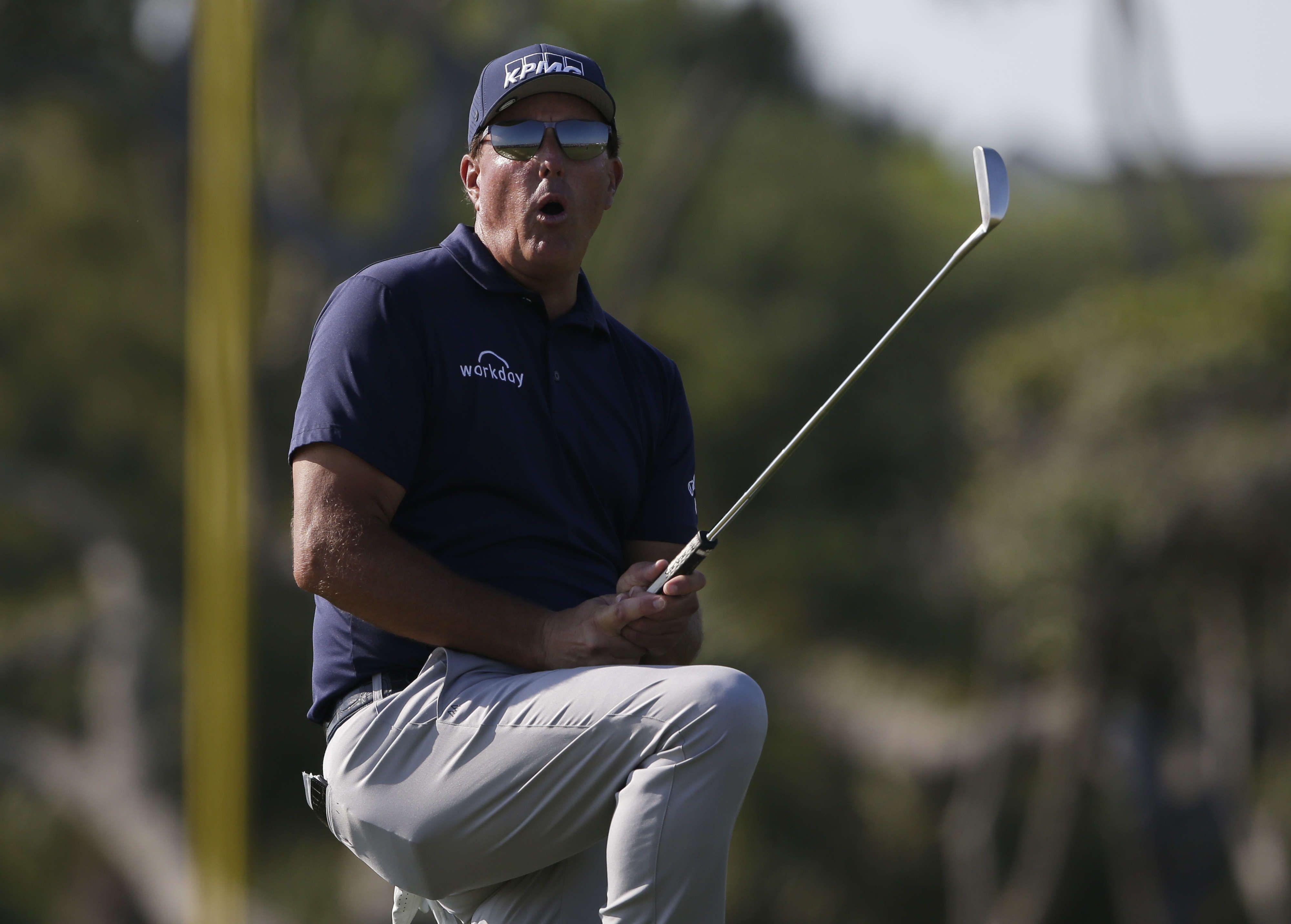 Phil Mickelson lors de sa victoire au Championnat PGA ce dimanche à Kiawah Island, en Caroline du Sud.