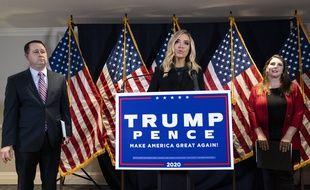 La conférence de presse de la porte-parole de la Maison-Blanche Kayleigh McEnany, a été coupé par la chaîne Fox news après que celle-ci a accusé le camp démocrate d'avoir fraudé aux élections présidentielles.