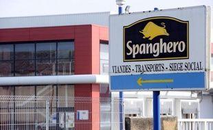 Seuls 80 des 240 salariés de Spanghero ont actuellement du travail, a indiqué mercredi à l'AFP Barthélémy Aguerre, le PDG de la société de Castelnaudary (Aude) au coeur du scandale de la viande de cheval, laissant augurer la mise en place éventuelle d'un plan social.