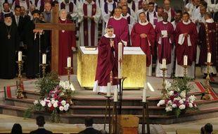 La cérémonie des obsèques du père Jacques Hamel, assassiné le 26 juillet dans une église de Saint-Etienne-du-Rouvray par deux jihadistes, a  été célébré mardi 2 août 2016 à la cathédrale de Rouen.