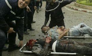 Victimes de l'attentat près du Palais du gouvernemement à Alger, le 11 avril 2007