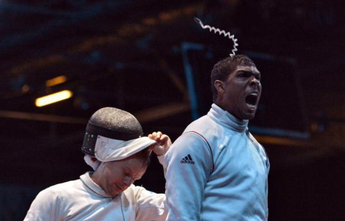 Le Français Yannick Borel, éliminé à l'épée, le 1er août 2012 à Londres. – A.Pizzoli / AFP