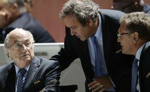 Sepp Blatter et Michel Platini (à gauche et au centre) le 29 mai 2015.