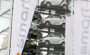 Le 4x4 de luxe BMW X6, la citadine Smart Fortwo et la modeste Twingo 1 sont à nouveau les voitures les plus volées en France en 2014, selon une enquête