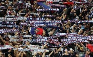 Les ultras parisiens ont bluffé le public d'Anfield.