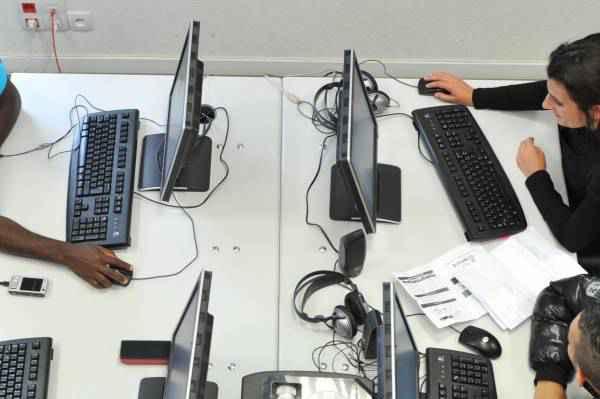 Télécoms : la Cour des comptes sévère avec le plan très haut débit