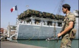 Tôt samedi, deux bateaux marchands sont entrés dans le port de la capitale libanaise, quelques heures après l'annonce de la levée du blocus imposé par l'Etat hébreu depuis le 13 juillet.
