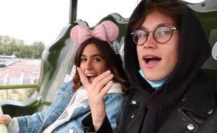 Mayadorable et Sundy Jules pendant leur virée à Disneyland