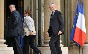 """Le président centriste de la commission des Finances du Sénat, Jean Arthuis, a estimé dimanche que la rigueur n'était """"pas au rendez-vous"""" dans le projet de Budget 2011, dénonçant une """"extraordinaire inertie de la sphère publique""""."""