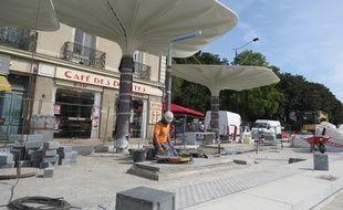 Nouveau look pour l'arrêt de tramway situé devant la gare de Nantes