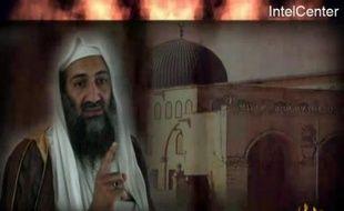 """Al-Qaïda et son chef Oussama ben Laden restent """"la menace numéro un"""" pour la sécurité des Etats-Unis, a déclaré mercredi le président élu américain Barack Obama, après un nouveau message audio de l'inspirateur des attentats du 11 septembre 2001."""