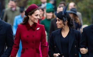 Les duchesses Kate Middleton et Meghan Markle sur le chemin de la messe de Noël