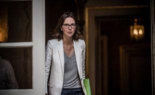 La ministre de la Fonction publique, Amélie de Montchalin, a annoncé lundi préparer un texte pour mieux prendre en compte les menaces sur les réseaux sociaux visant les agents de la fonction publique.