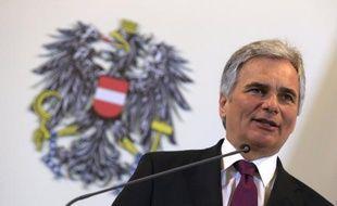 L'Autriche va négocier la levée du secret bancaire pour les résidents étrangers détenteurs d'un compte sur son sol, comme le lui demande l'Union européenne (UE), a déclaré mardi le chancelier social-démocrate Werner Faymann.