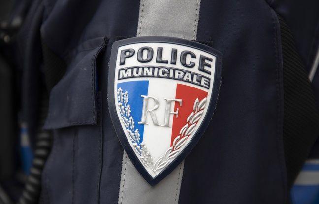 Paris: Gilets pare-balles, matraques, menottes... Un stock de la future police municipale dérobée