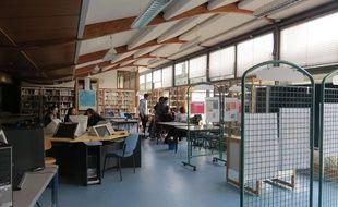 Le CDI du lycée polyvalent Romain Rolland à Goussainville (95).