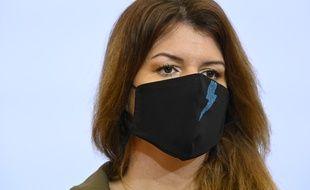 Le cabinet de Marlène Schiappa a annoncé une procédure de naturalisation accélérée pour 700 travailleurs