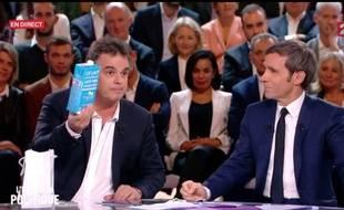 Alexandre Jardin et David Pujadas à «L'Emission politique» le 20 octobre 2016.