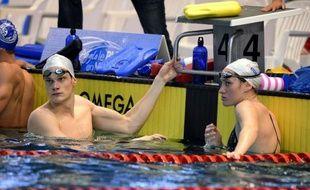 """Les champions olympiques de natation Camille Muffat et Yannick Agnel ont réalisé de bons chronos samedi à la réunion du Puy-en-Velay, assurant qu'ils n'étaient pas là pour établir des records mais pour rester """"dans la dynamique des Jeux"""" et rencontrer le public."""